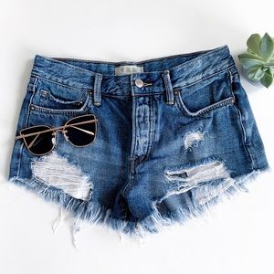 We The Free Distressed Frayed Denim Jean Shorts